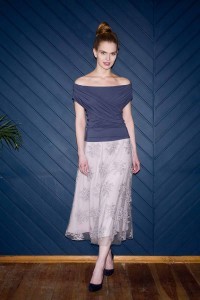 Lace tea-length skirt S119. Gray