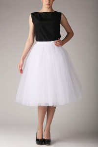 Tea-length tulle skirt S031 long. White with dots
