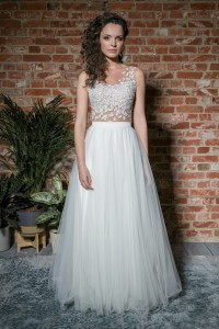 Wedding tulle skirt with a circle