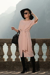 Tied dusty pink dress D135